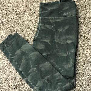Green watermark NIKE leggings